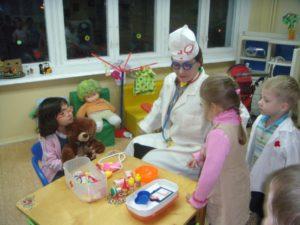 знакомство детей с профессией врача